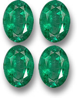 Oval emerald gemstones