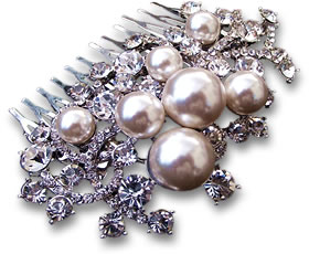 Hair Comb with Pearls and White Gemstones