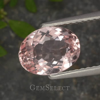 Oval Morganite Gemstone