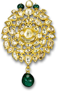 Traditional Kundan Pendant/Brooch with Diamonds, Pearl and Emeralds