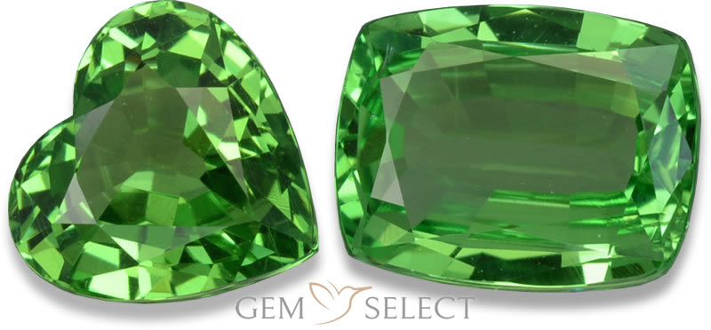 A Tsavorite Garnet Gemstone from GemSelect - Large Image