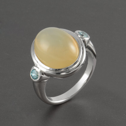 8 34 Ct Moonstone Center With Accents Ring In Sterling