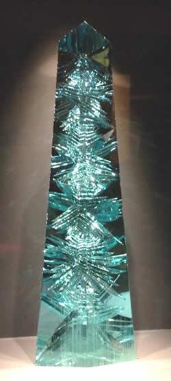 Larget Aquamarine gemstone