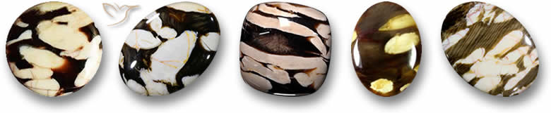 Pedras de madeira de amendoim