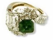 The emerald engagement ring of Jacqueline Kennedy Onassis