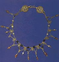 Greek necklace of gold wire
