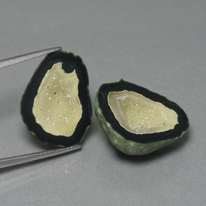 16.43 ct Regroupement de Cristaux Fantaisie Multicolore Agate Géode gemme 21.37 mm x 17.4 mm (Photo A)