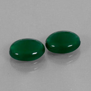 Buy 2.81 ct Green Agate 9.08 mm x 7 mm from GemSelect (Product ID: 307451)