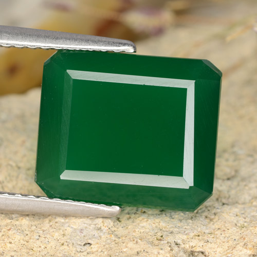 Medium Green Agate Gem - 4.9ct Octagon Step Cut (ID: 478197)