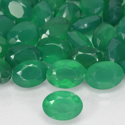 0.93 ct Oval Facet Medium Green Agate Gemstone 7.49 mm x 5.4 mm (Product ID: 506091)