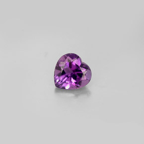 Buy 0.72 ct Violet Amethyst 6.08 mm x 6 mm from GemSelect (Product ID: 279072)
