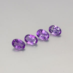Deep Purplish Violet Amatista Gema - 0.7ct Forma ovalada (ID: 359293)