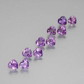 Vivid Pink Violet Ametista Gem - 0.7ct Cuore sfaccettato (ID: 370970)