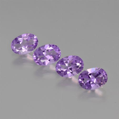 Medium Violet Amatista Gema - 0.7ct Forma ovalada (ID: 426834)