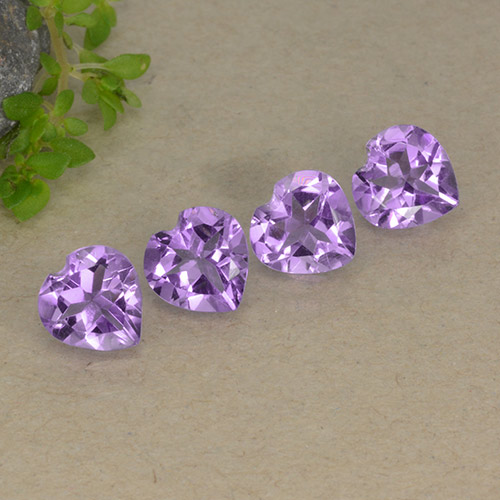 thumb image of 0.7ct Heart Facet Violet Amethyst (ID: 497242)