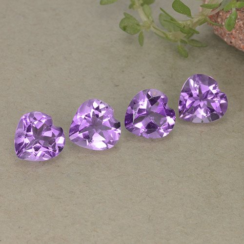 Violet Amethyst Gem - 0.6ct Heart Facet (ID: 497257)