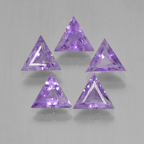 Pinkish Violet Amethyst Gem - 0.5ct Trillion Facet (ID: 501884)