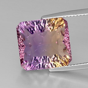 Buy 9.01 ct Bi-Color Ametrine 13.18 mm x 12.6 mm from GemSelect (Product ID: 298135)