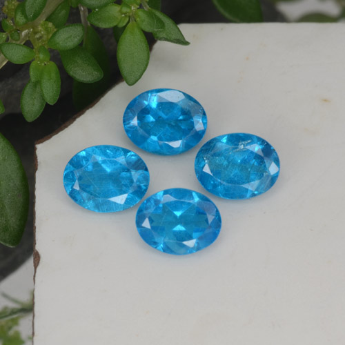 0.4ct Oval Facet Swiss Blue Apatite Gem (ID: 468579)