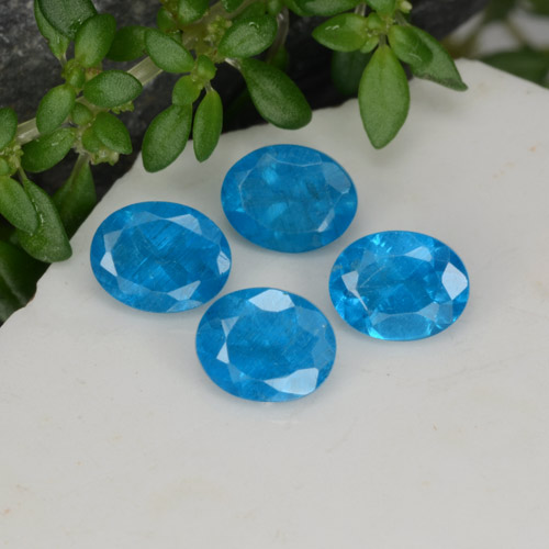 0.4ct Oval Facet Medium Blue Apatite Gem (ID: 468584)