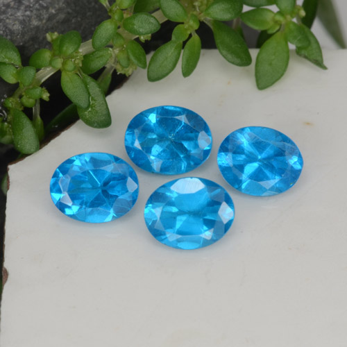 0.4ct Oval Facet Deep Azure Apatite Gem (ID: 468588)