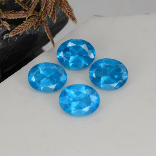0.4ct Oval Facet Swiss Blue Apatite Gem (ID: 468589)