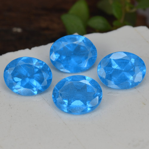 0.3ct Oval Facet Intense Blue Apatite Gem (ID: 468752)