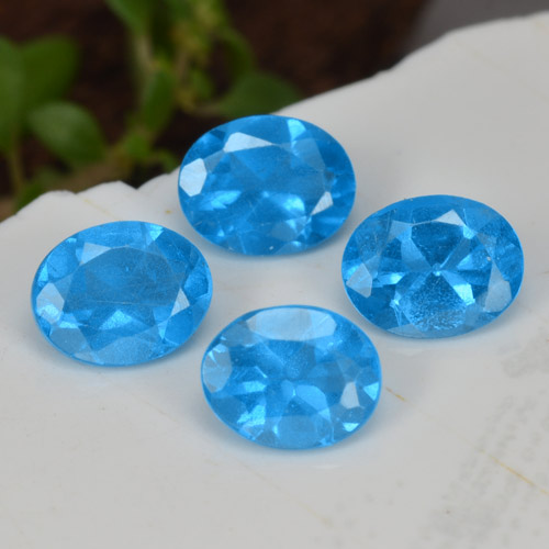 0.3ct Oval Facet Intense Blue Apatite Gem (ID: 468757)
