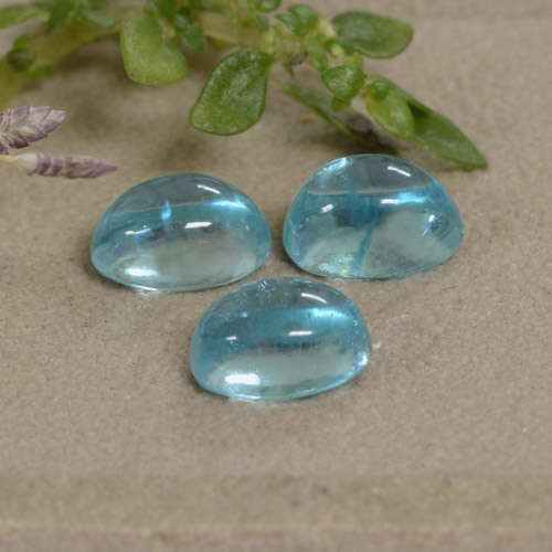 Light Greenish Blue Apatite Gem - 0.6ct Oval Cabochon (ID: 473350)