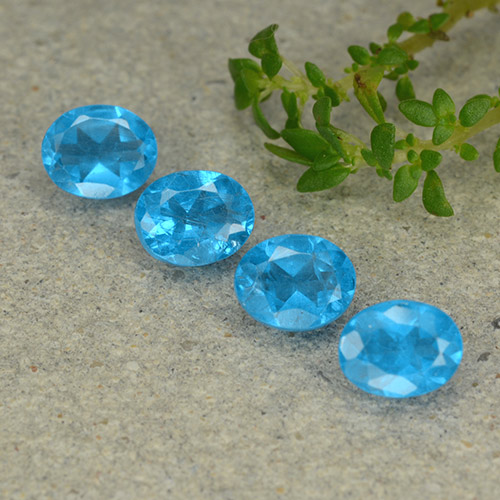 0.4ct Oval Facet Medium Blue Apatite Gem (ID: 488762)