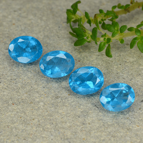 0.3ct Oval Facet Medium Blue Apatite Gem (ID: 488763)