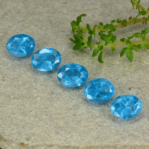 0.4ct Oval Facet Swiss Blue Apatite Gem (ID: 488767)
