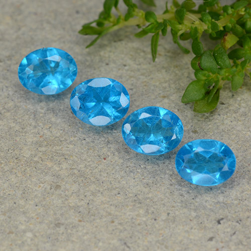 0.3ct Oval Facet Medium Blue Apatite Gem (ID: 488770)
