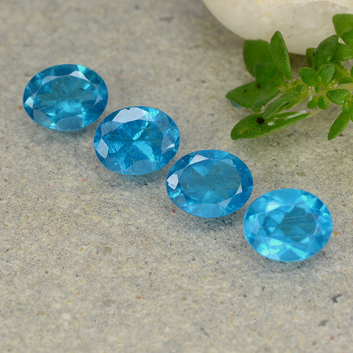 0.4ct Oval Facet Swiss Blue Apatite Gem (ID: 488774)