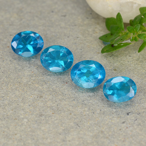 0.4ct Oval Facet Deep Aqua Blue Apatite Gem (ID: 488775)