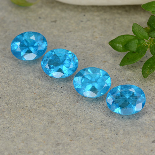 0.4ct Oval Facet Medium Blue Apatite Gem (ID: 488777)