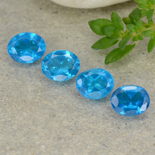 0.4ct Oval Facet Medium Blue Apatite Gem (ID: 488778)