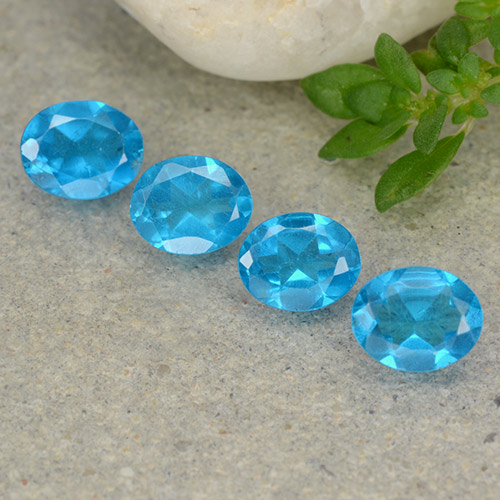 0.4ct Oval Facet Medium Blue Apatite Gem (ID: 488779)