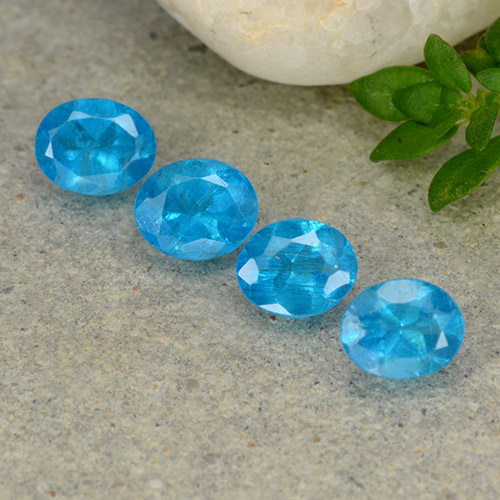 0.4ct Oval Facet Swiss Blue Apatite Gem (ID: 488780)