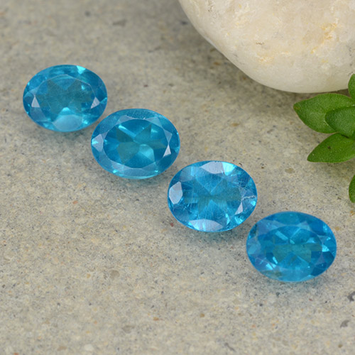 0.4ct Oval Facet Medium Blue Apatite Gem (ID: 488781)