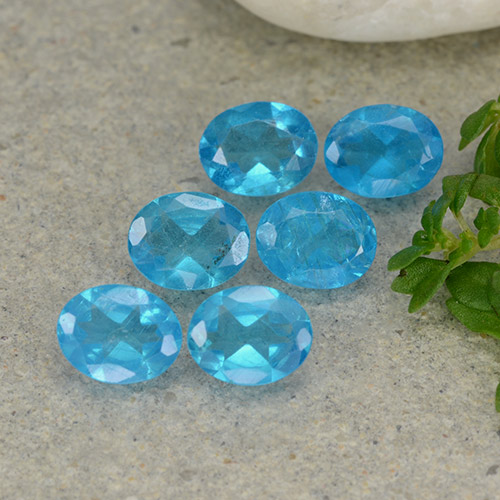 0.3ct Oval Facet Intense Blue Apatite Gem (ID: 488787)