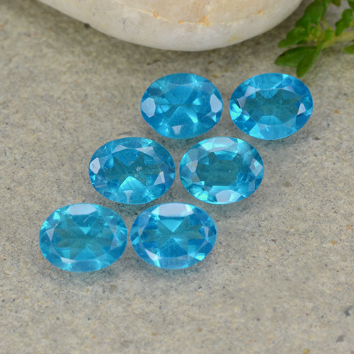 0.3ct Oval Facet Medium Blue Apatite Gem (ID: 488793)
