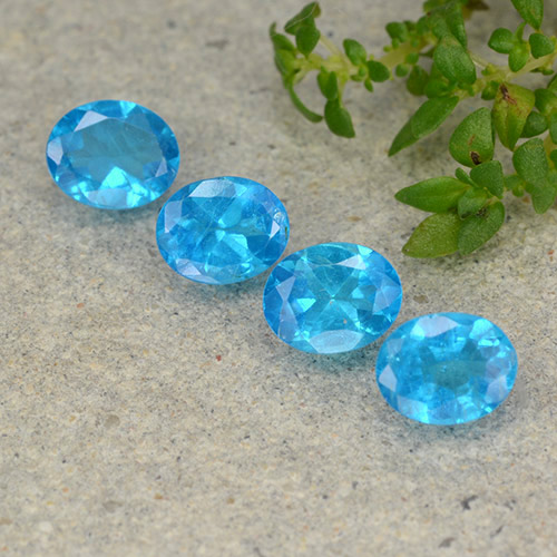 0.4ct Oval Facet Swiss Blue Apatite Gem (ID: 488794)