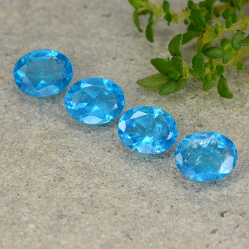0.3ct Oval Facet Azure Blue Apatite Gem (ID: 488796)