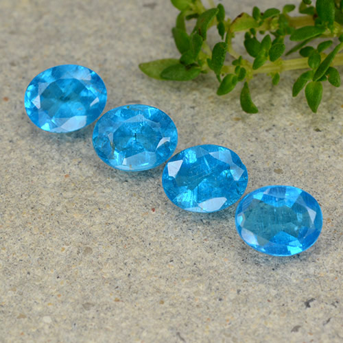 0.4ct Oval Facet Medium Blue Apatite Gem (ID: 488798)