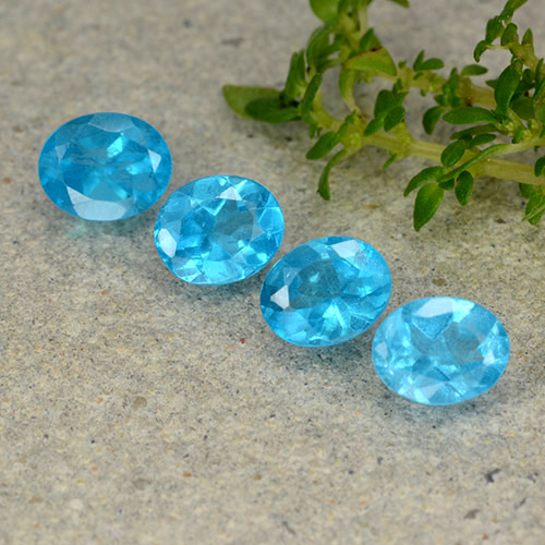 0.4ct Oval Facet Medium Blue Apatite Gem (ID: 488800)