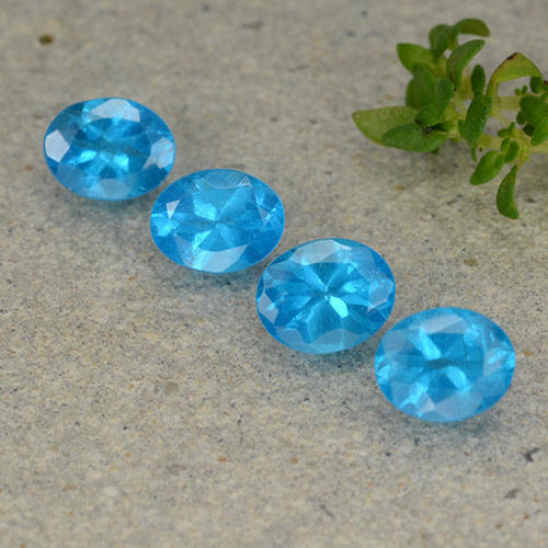 0.4ct Oval Facet Medium Blue Apatite Gem (ID: 488804)