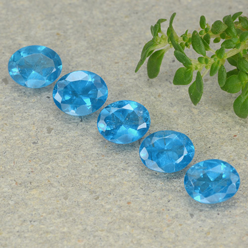 0.4ct Oval Facet Swiss Blue Apatite Gem (ID: 488808)