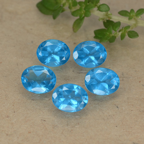 0.4ct Oval Facet Deep Baby Blue Apatite Gem (ID: 488817)