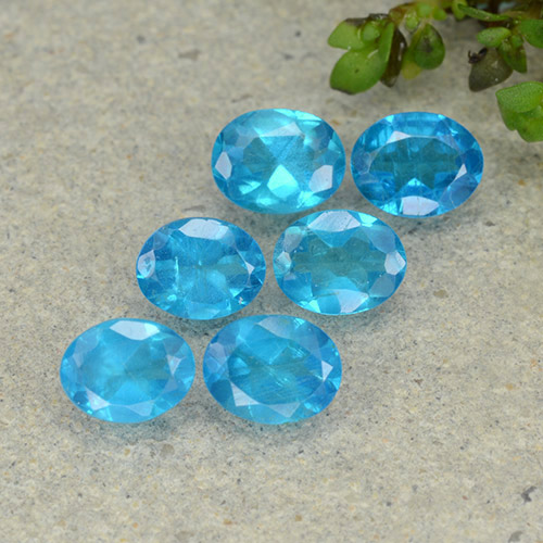 0.4ct Oval Facet Medium Blue Apatite Gem (ID: 488823)